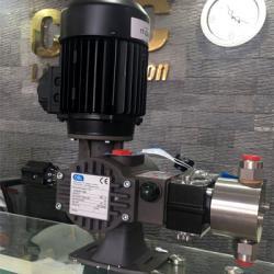 Bơm định lượng kiểu piston hiệu OBL - italy Model :  R43A115DV