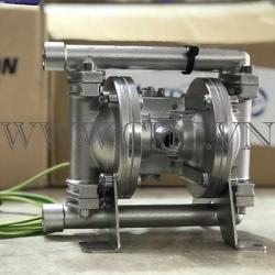Bơm màng khí nén Hiệu : Sandpiper - Model : X02B4YSSNS600